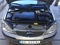 ford-mondeo-1-8-01