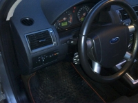 ford-mondeo-1-8-02