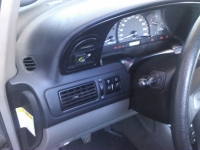 ford-mondeo-1-8-04